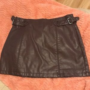 Free People vegan mini skirt sz 2